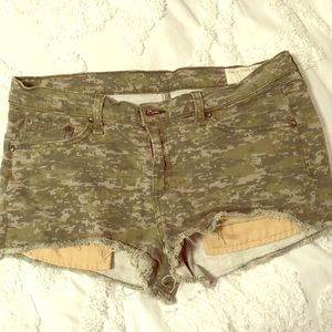 Rag & Bone Camouflage Jean shorts